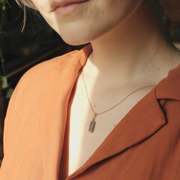 The dash necklace