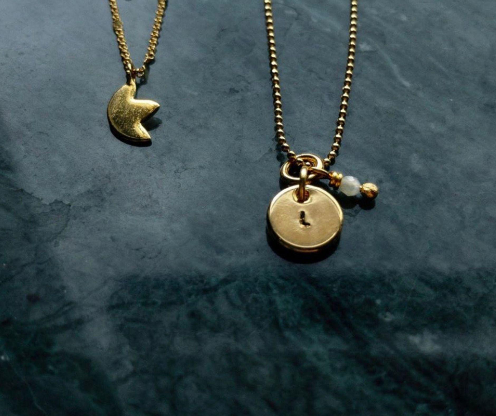 The lulu necklace